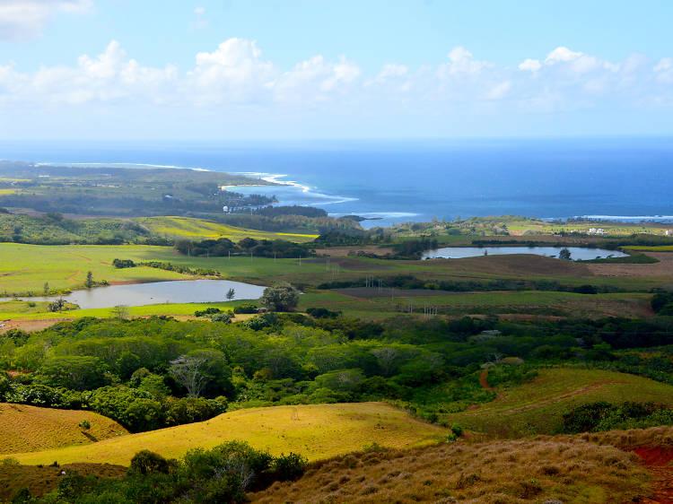 Mc! Travel; Mauritius, The Traveler's Paradise